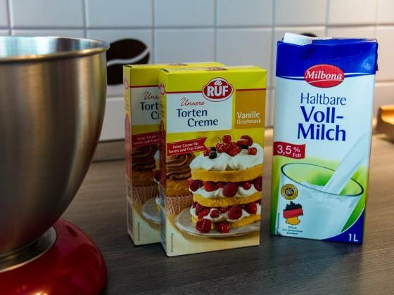 2 Packungen Tortencreme
