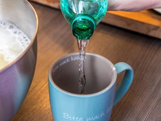 1 Tasse Selter Wasser