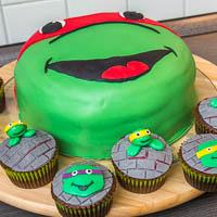 Ninja Turtles Muffins + Torte
